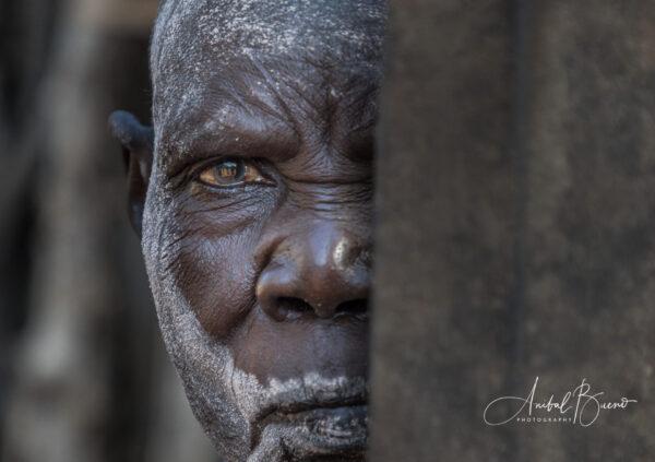 Anciana Lopit